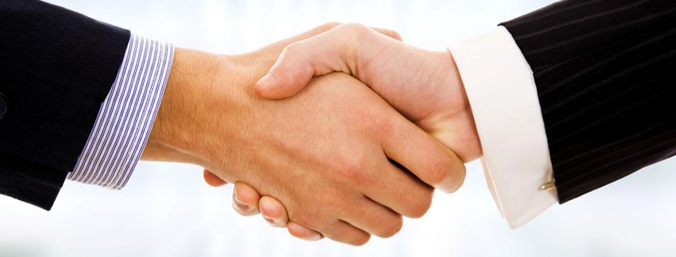 Рукопожатие с трансвеститом